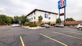 Motel 6 St Paul I-94 - St. Paul Hotels