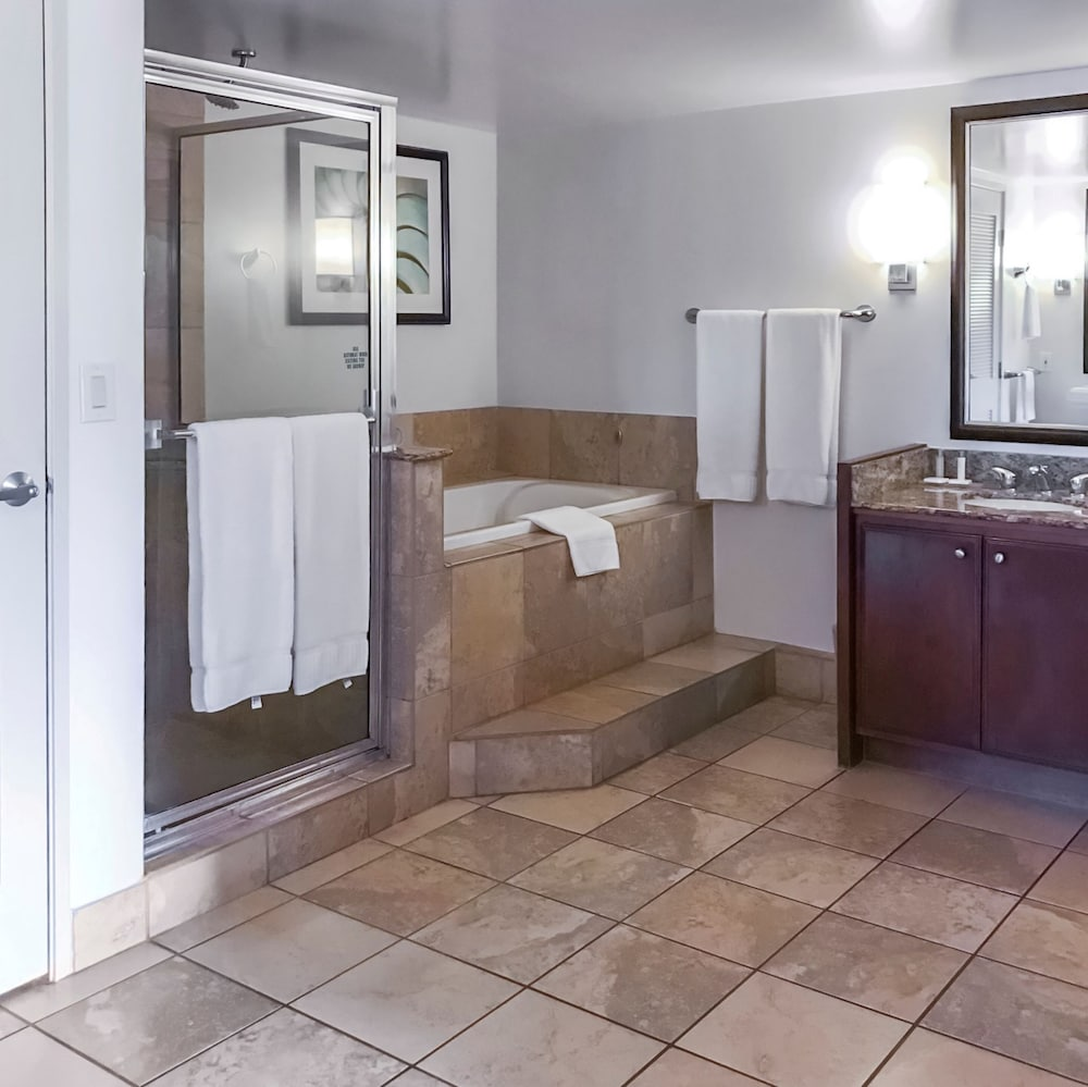 Bathroom, Kaanapali Beach Club Resort by Diamond Resorts