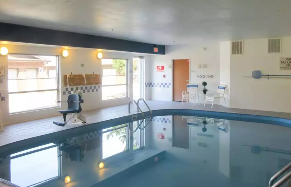 Indoor Pool, Quality Inn
