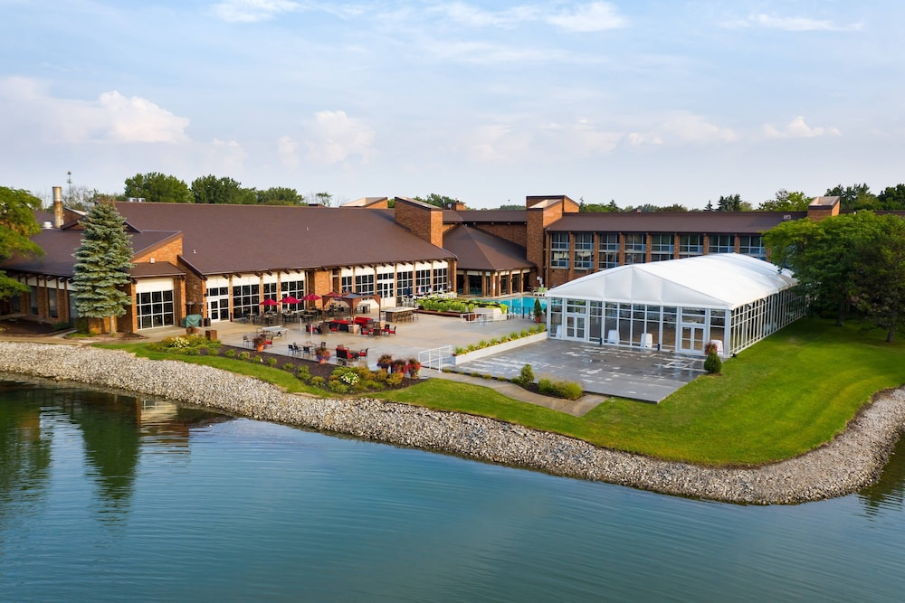 Exterior, Lincolnshire Marriott Resort