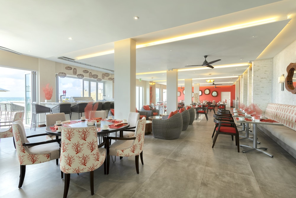 Dining, Sea Breeze Beach House by Ocean Hotels - All Inclusive
