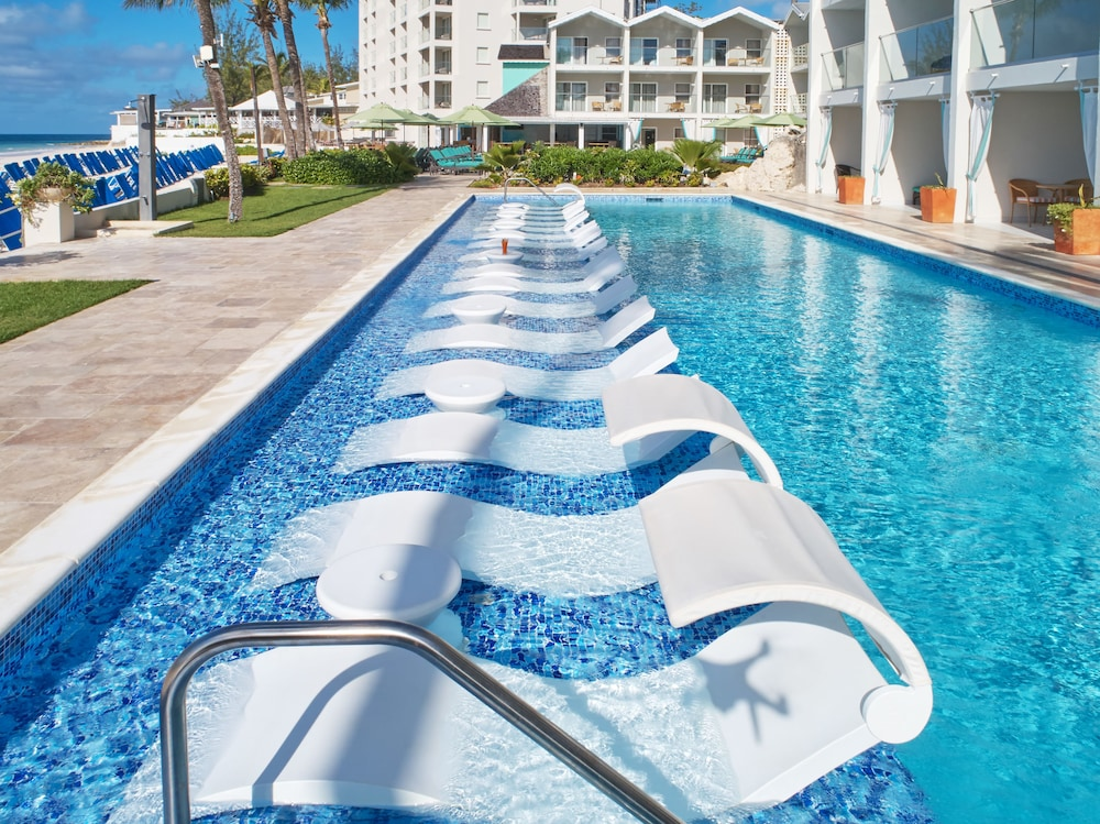 Outdoor Pool, Sea Breeze Beach House by Ocean Hotels - All Inclusive