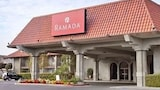 Ramada Fresno North - Fresno Hotels