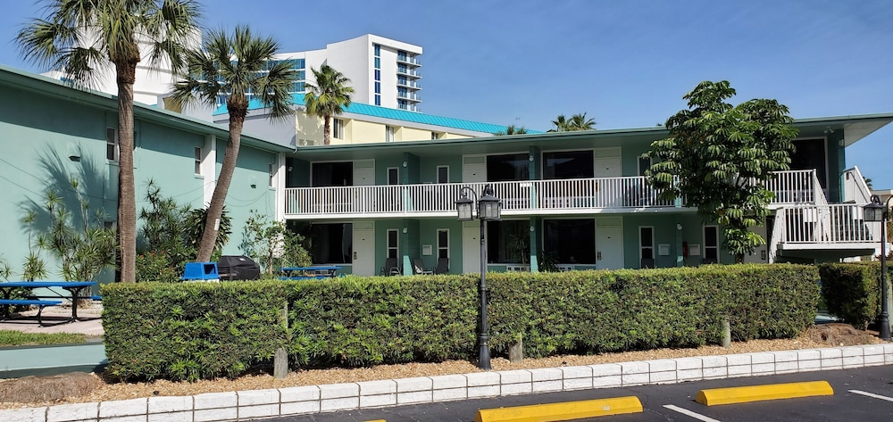 Exterior detail, Clearwater Beach Hotel