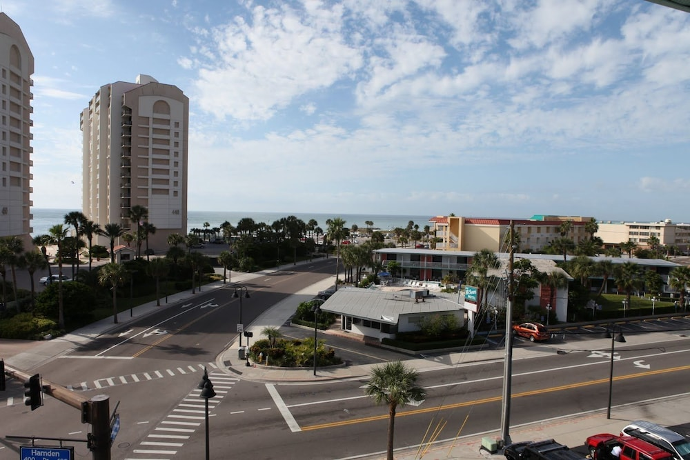 Property Grounds, Clearwater Beach Hotel