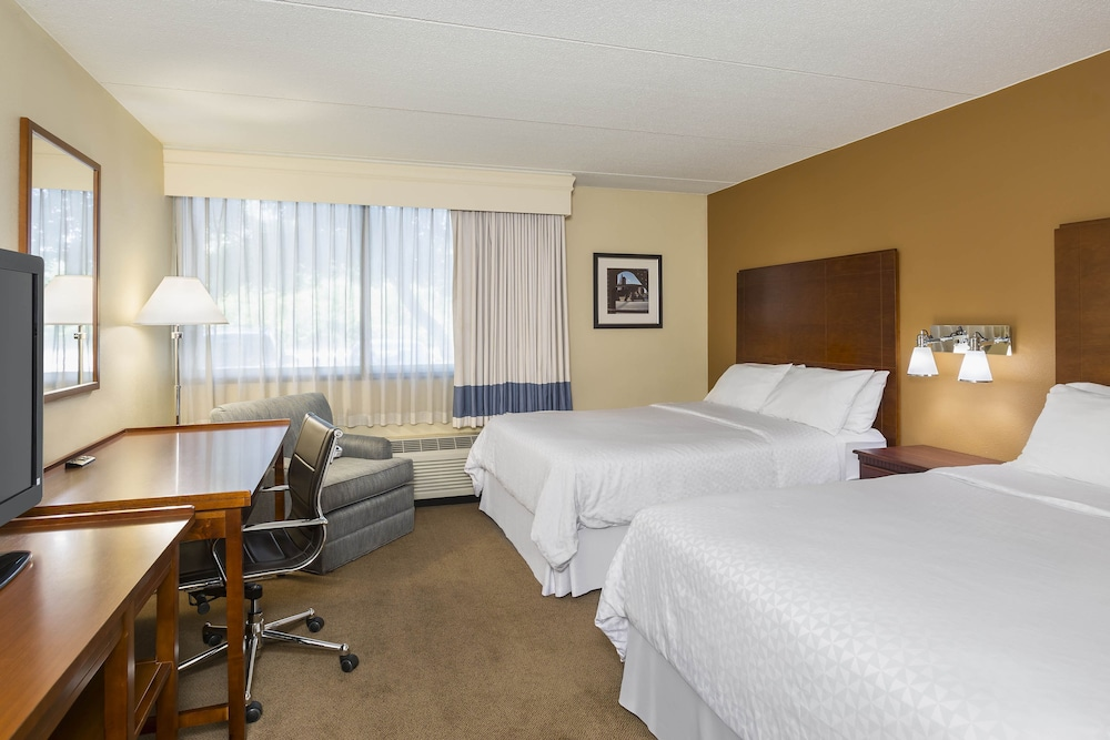 Room, Four Points by Sheraton Chicago O'Hare Airport