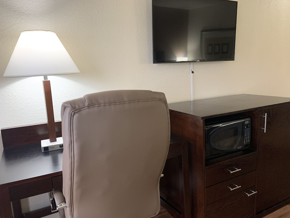 Room Amenity, Travelodge by Wyndham Las Vegas Airport Near The Strip