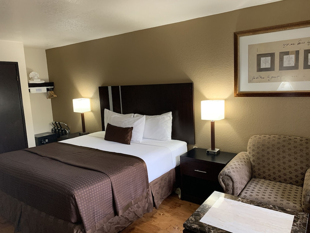 Room, Travelodge by Wyndham Las Vegas Airport Near The Strip