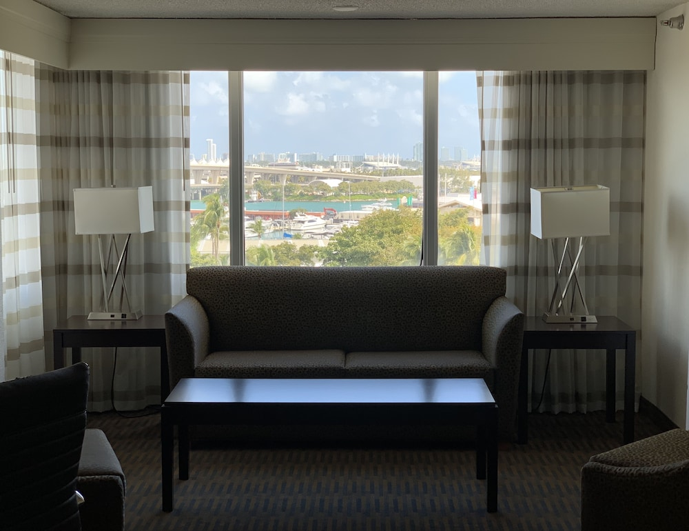 Room, Holiday Inn Port of Miami - Downtown