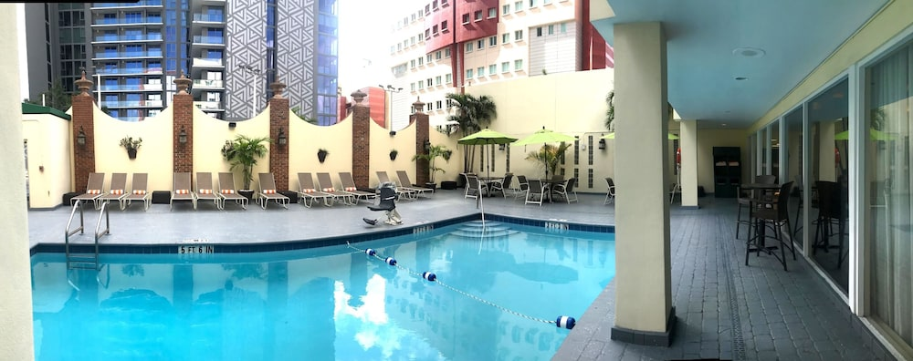Terrace/Patio, Holiday Inn Port of Miami - Downtown