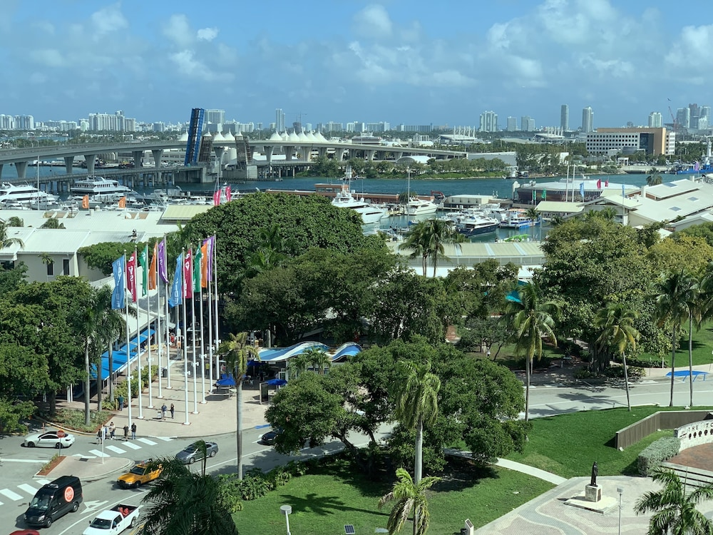 View from Room, Holiday Inn Port of Miami - Downtown