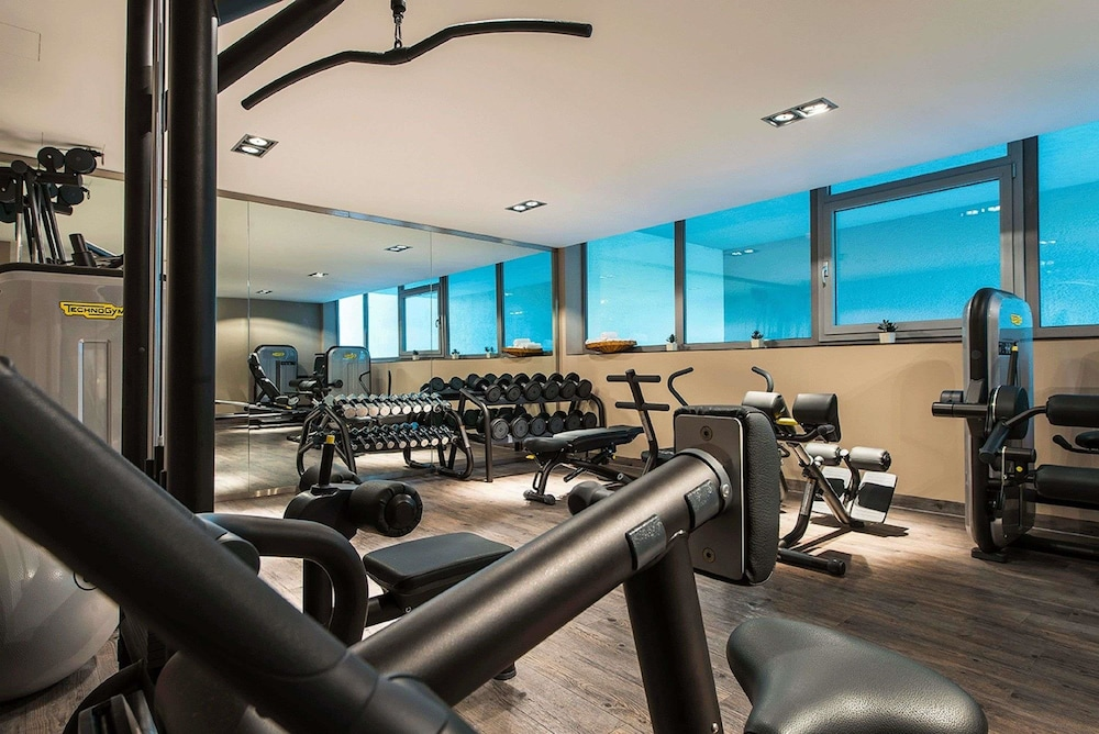 Health and Fitness : Gym 57 of 124