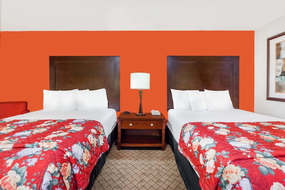 Room, Ramada Hotel & Conference Center by Wyndham Lansing