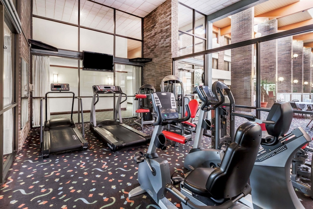 Fitness Facility, Ramada Hotel & Conference Center by Wyndham Lansing