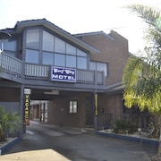 Surf City Motel