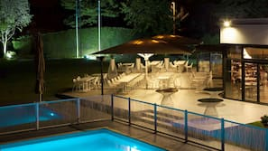 Seasonal outdoor pool, open 10 AM to 9 PM, pool loungers