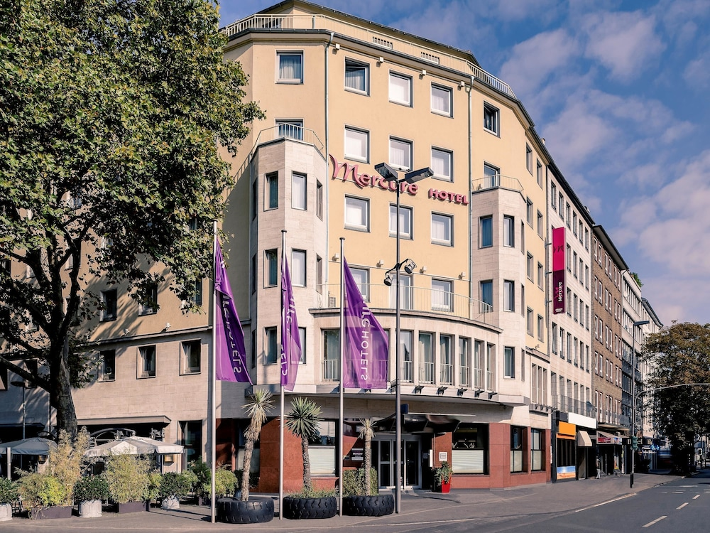 mercure d sseldorf city center deals reviews duesseldorf germany wotif. Black Bedroom Furniture Sets. Home Design Ideas