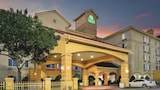 La Quinta Inn & Suites DFW Airport South / Irving - Irving Hotels