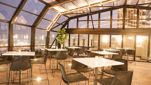 Rooftop bar, al fresco dining, open daily