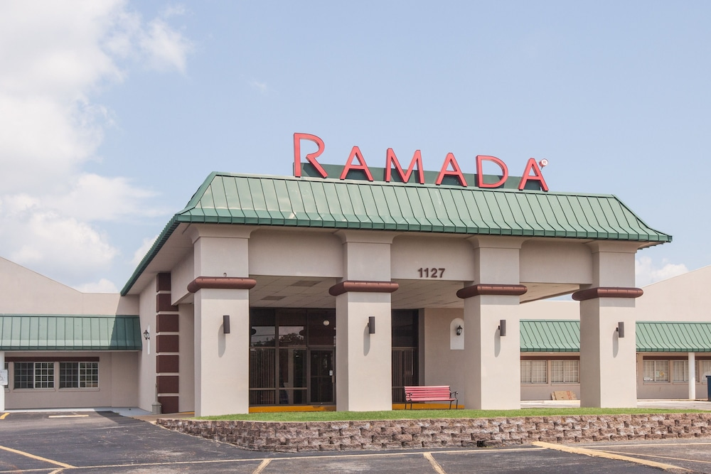 ramada mountain home ar 1127 hwy62 b 72653. Black Bedroom Furniture Sets. Home Design Ideas