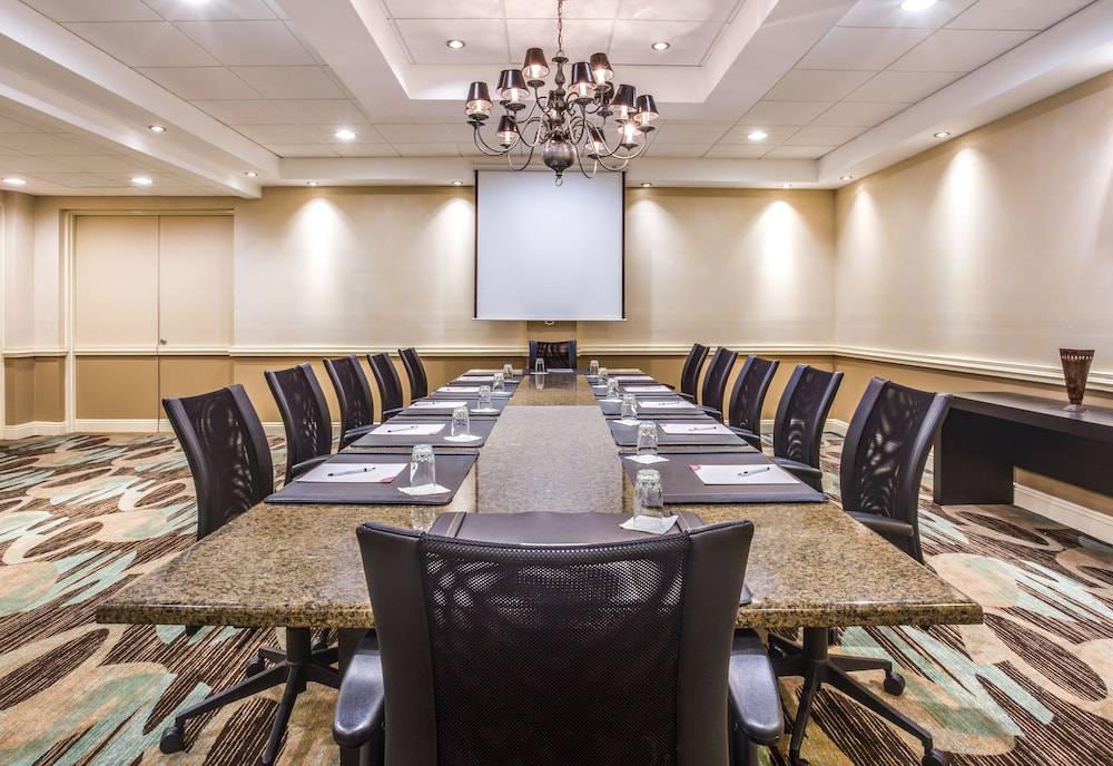 Meeting Facility, Crowne Plaza Baton Rouge, an IHG Hotel