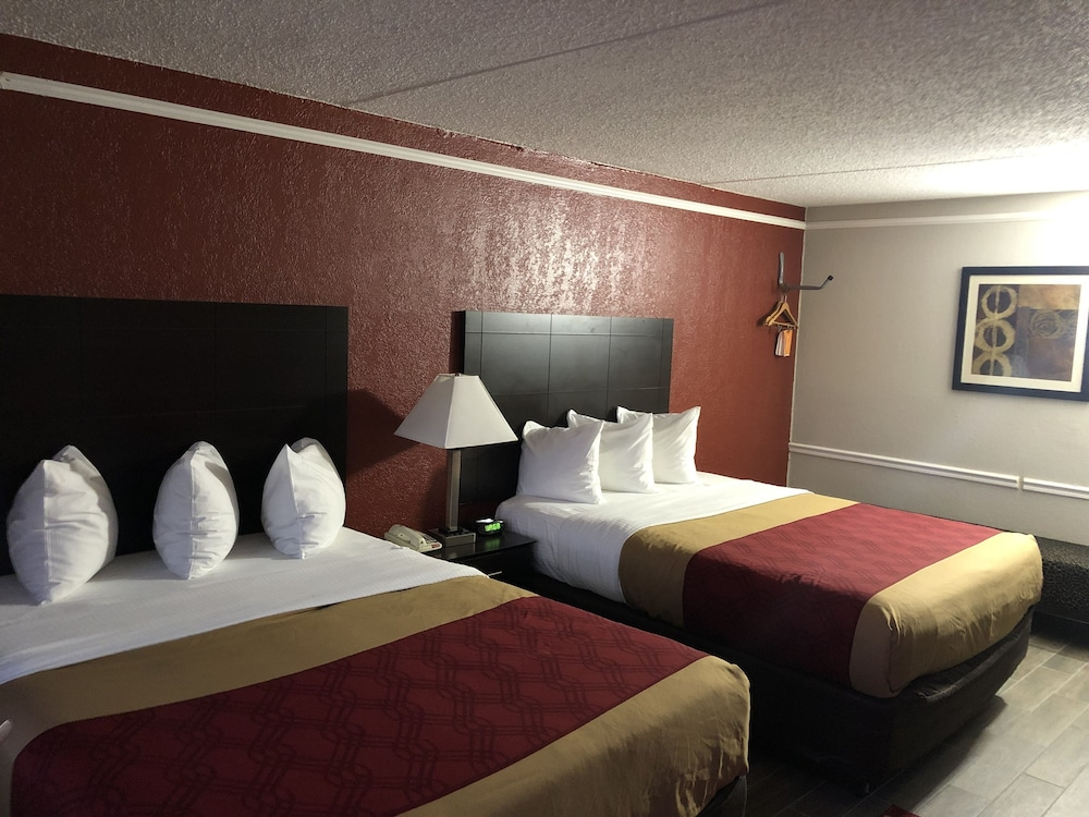 Featured Image, Econo Lodge