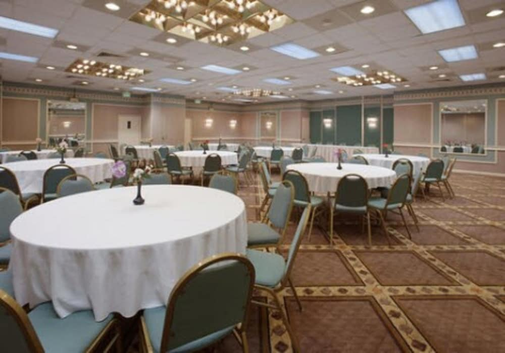 Ballroom, Americas Best Value Inn Baltimore