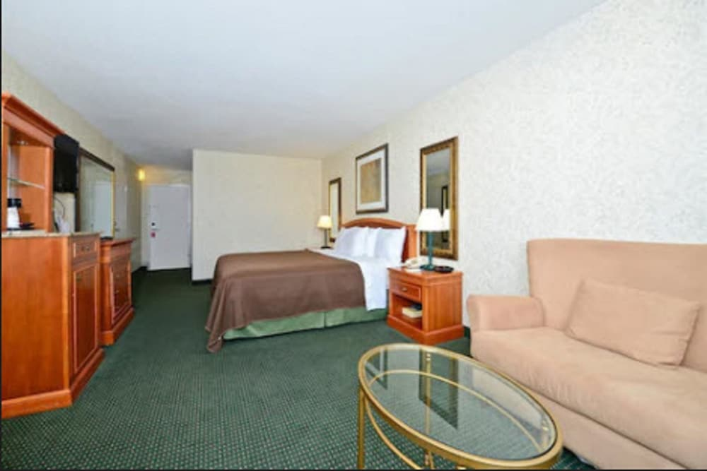 Room, Americas Best Value Inn Baltimore