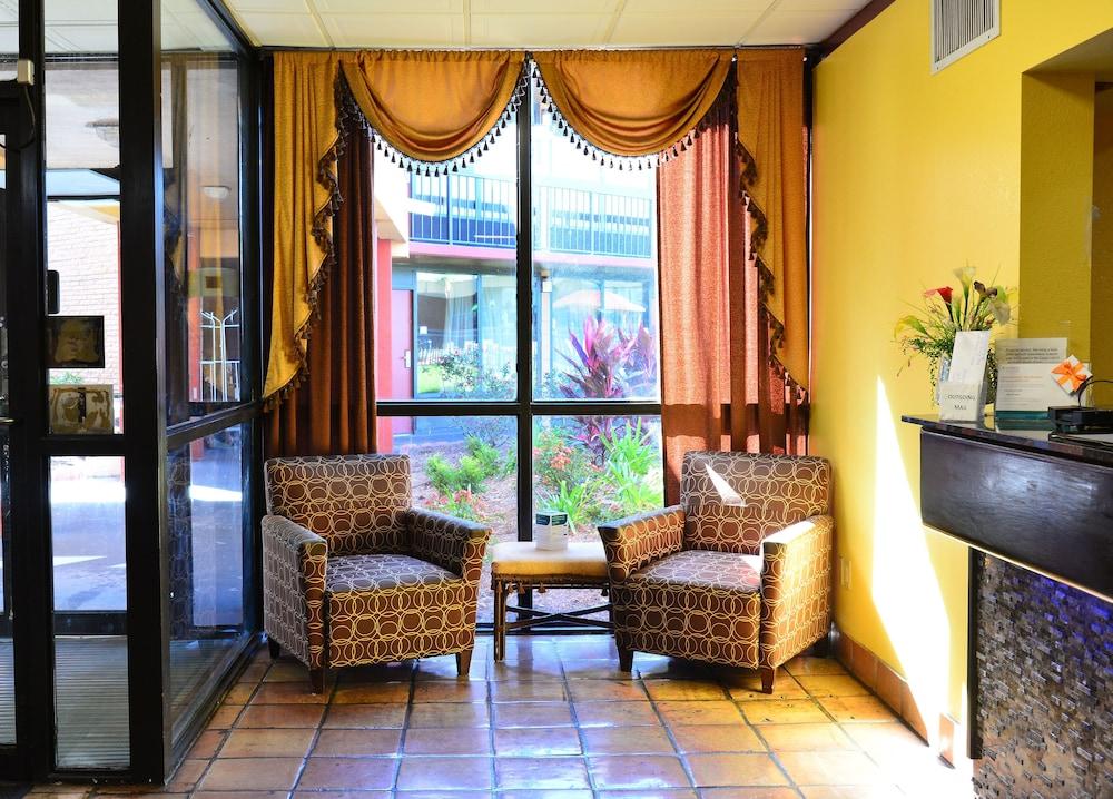Quality Inn Suites On The Bay Near Pensacola Beach Pensacola