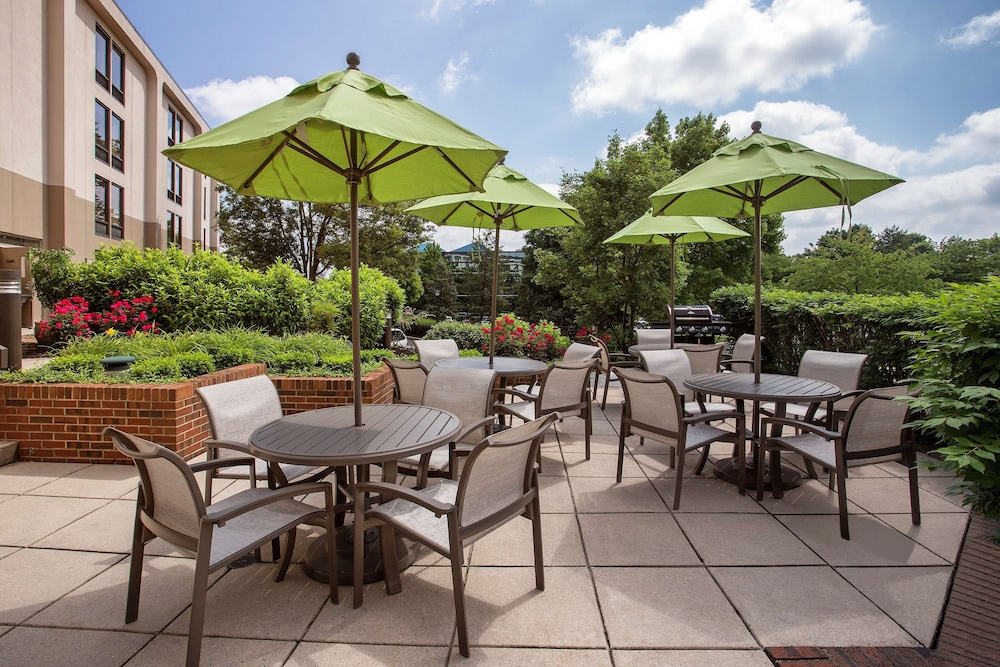 Terrace/Patio, Hampton Inn Lancaster