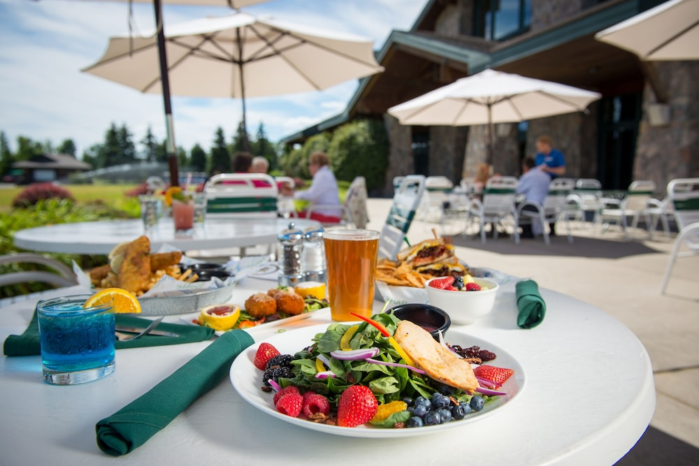 Outdoor Dining, Grand Traverse Resort And Spa