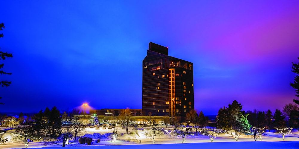 Exterior, Grand Traverse Resort And Spa