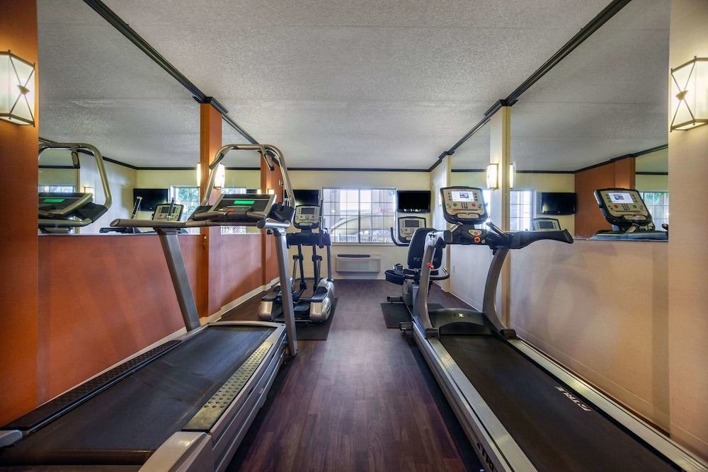 Fitness Facility, Comfort Suites