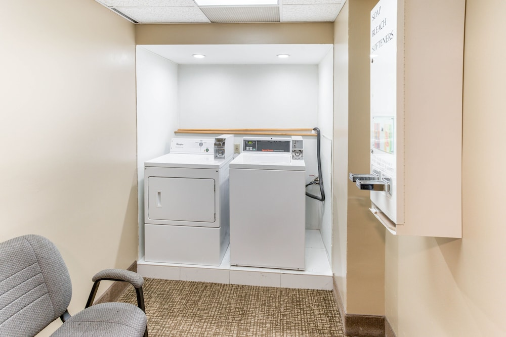 Laundry Room, Quality Inn & Suites