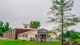 Econo Lodge Watertown - Watertown Hotels