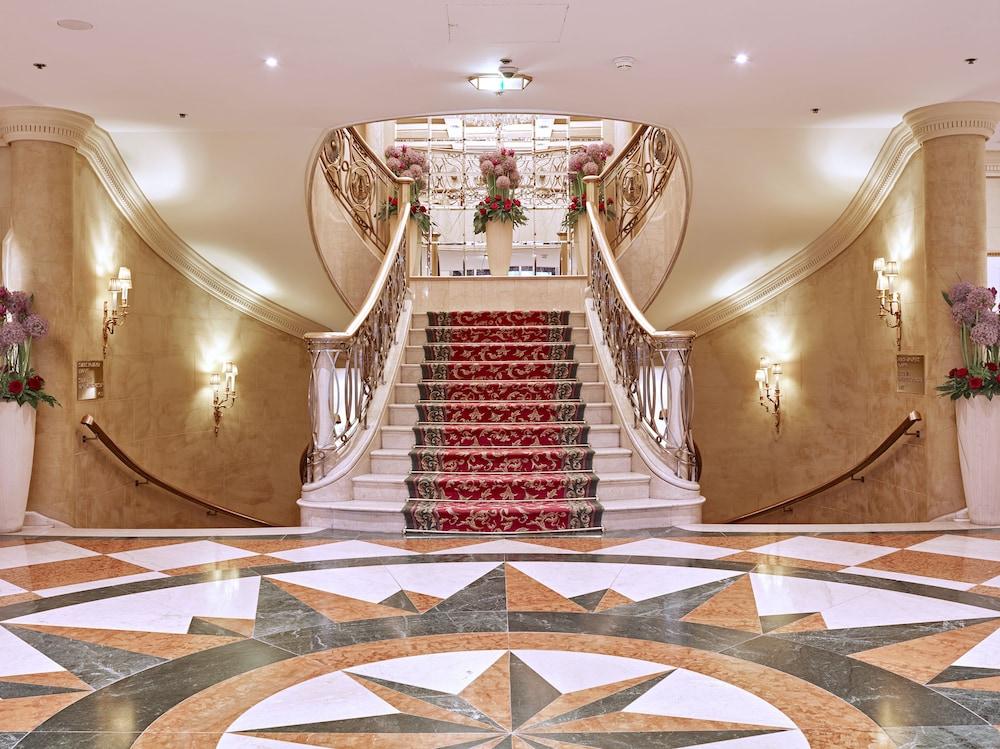 Vasca Da Bagno In Inglese Tradurre : Grand hotel wien vienna austria expedia.it