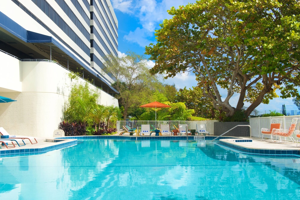 Pool, Sheraton Miami Airport Hotel & Executive Meeting Center