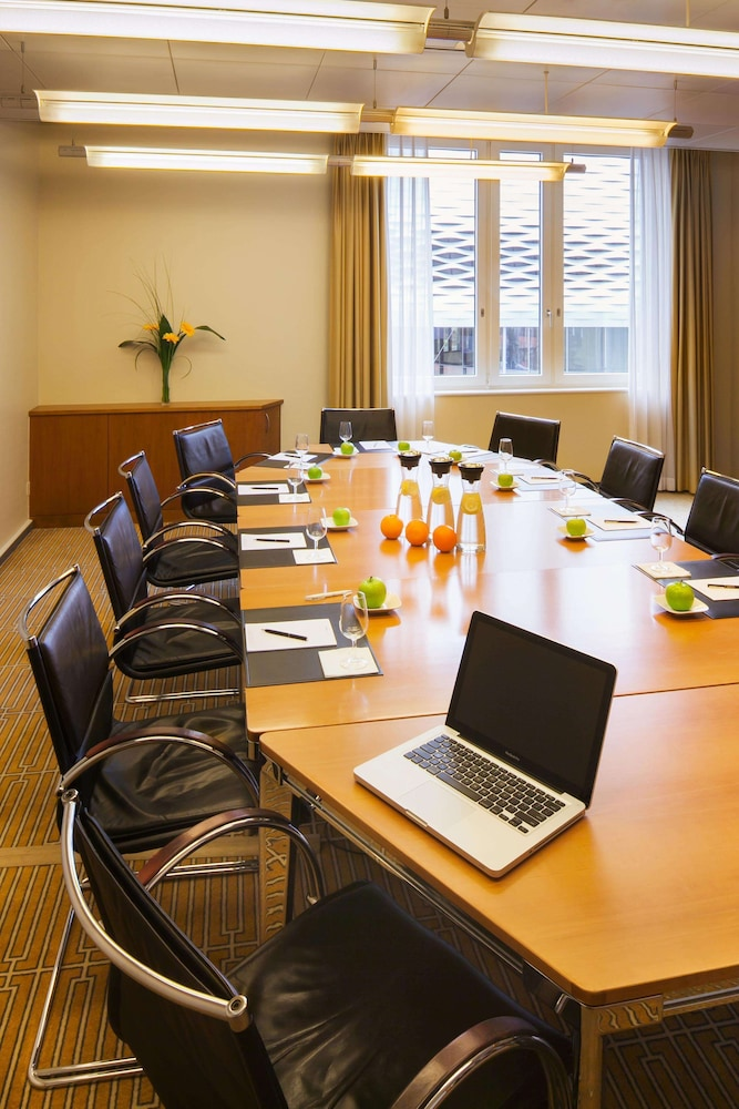 Meeting Facility, Swissotel Le Plaza Basel