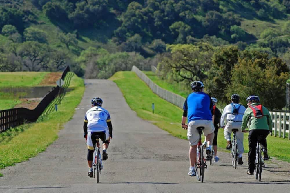 Bicycling, DoubleTree by Hilton Sonoma - Wine Country