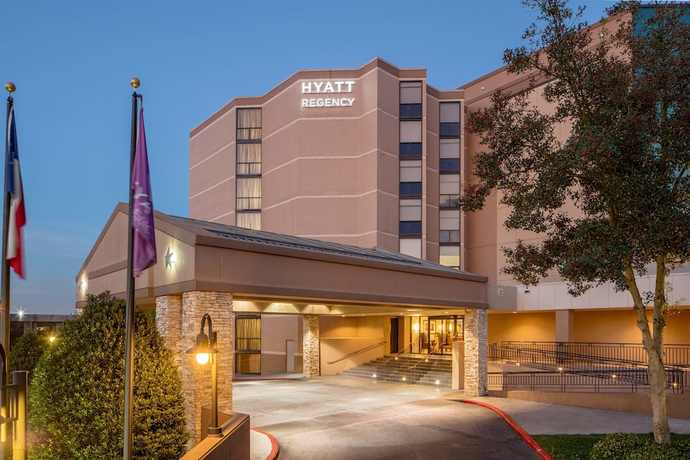 Front of Property, Hyatt Regency Houston Intercontinental Airport