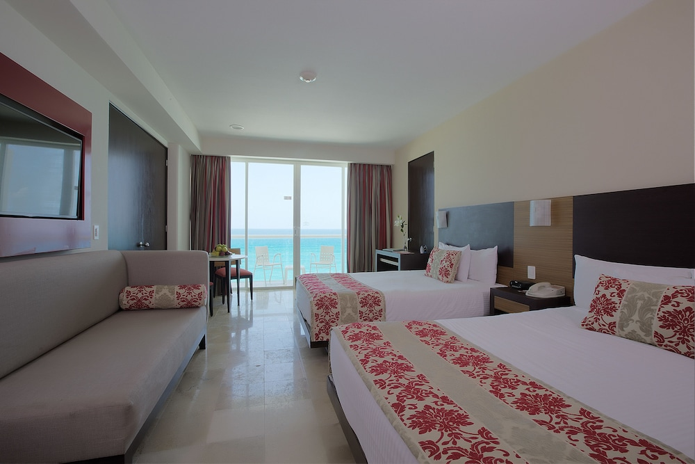 Room, Krystal Cancun