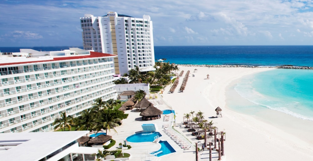 Beach/Ocean View, Krystal Cancun