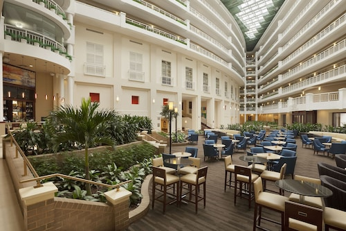 Embassy Suites Hotel Alexandria Old Town