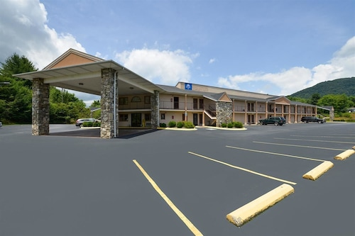 Americas Best Value Inn Canton, NC