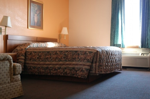 Great Place to stay State Line Inn near Hagerstown