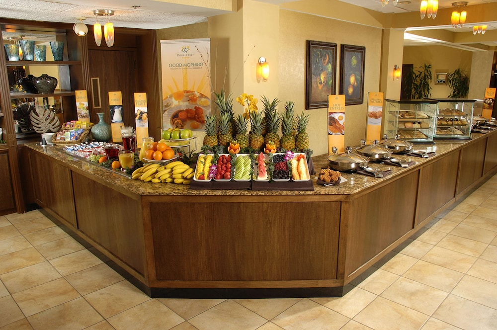 Breakfast Meal, DoubleTree Suites by Hilton Orlando - Disney Springs® Area