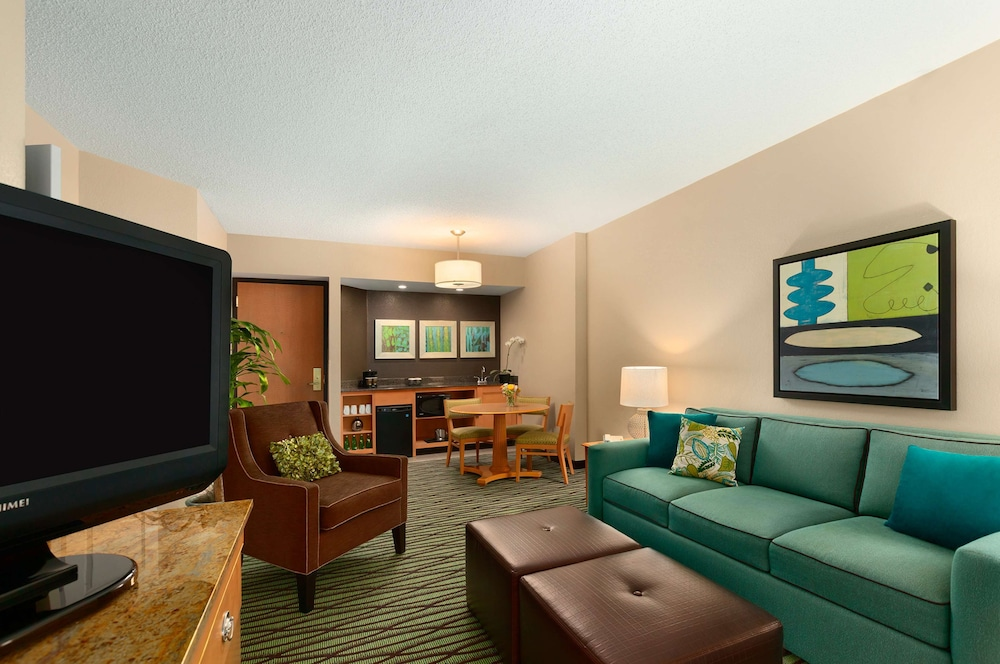 Living Area, DoubleTree Suites by Hilton Orlando - Disney Springs® Area