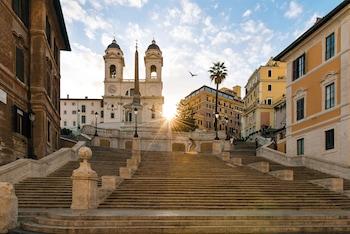 Piazza Trinità Dei Monti 6, Rome, 00187, Italy.