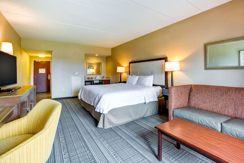 Hampton Inn Boston - Norwood