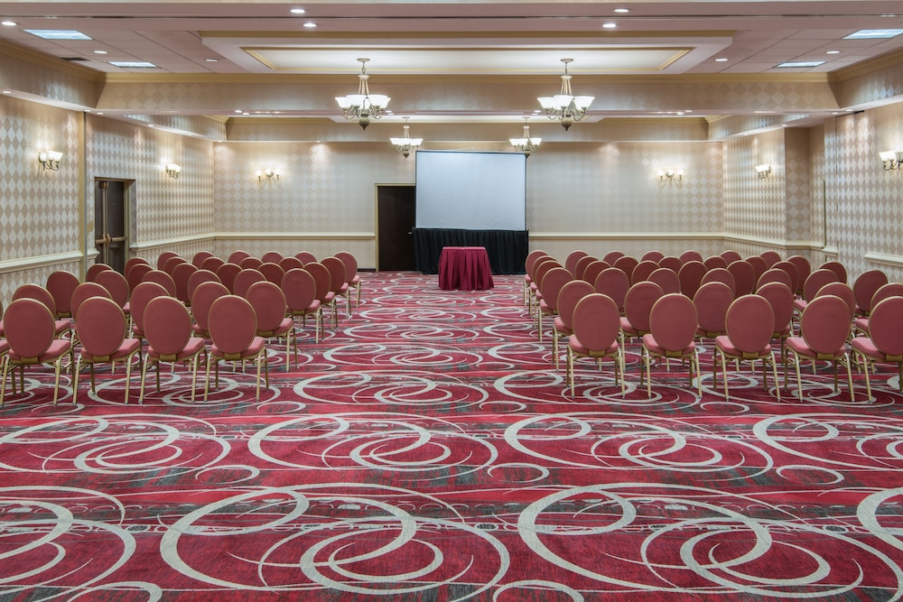 Meeting Facility, Crowne Plaza Newark Airport, an IHG Hotel